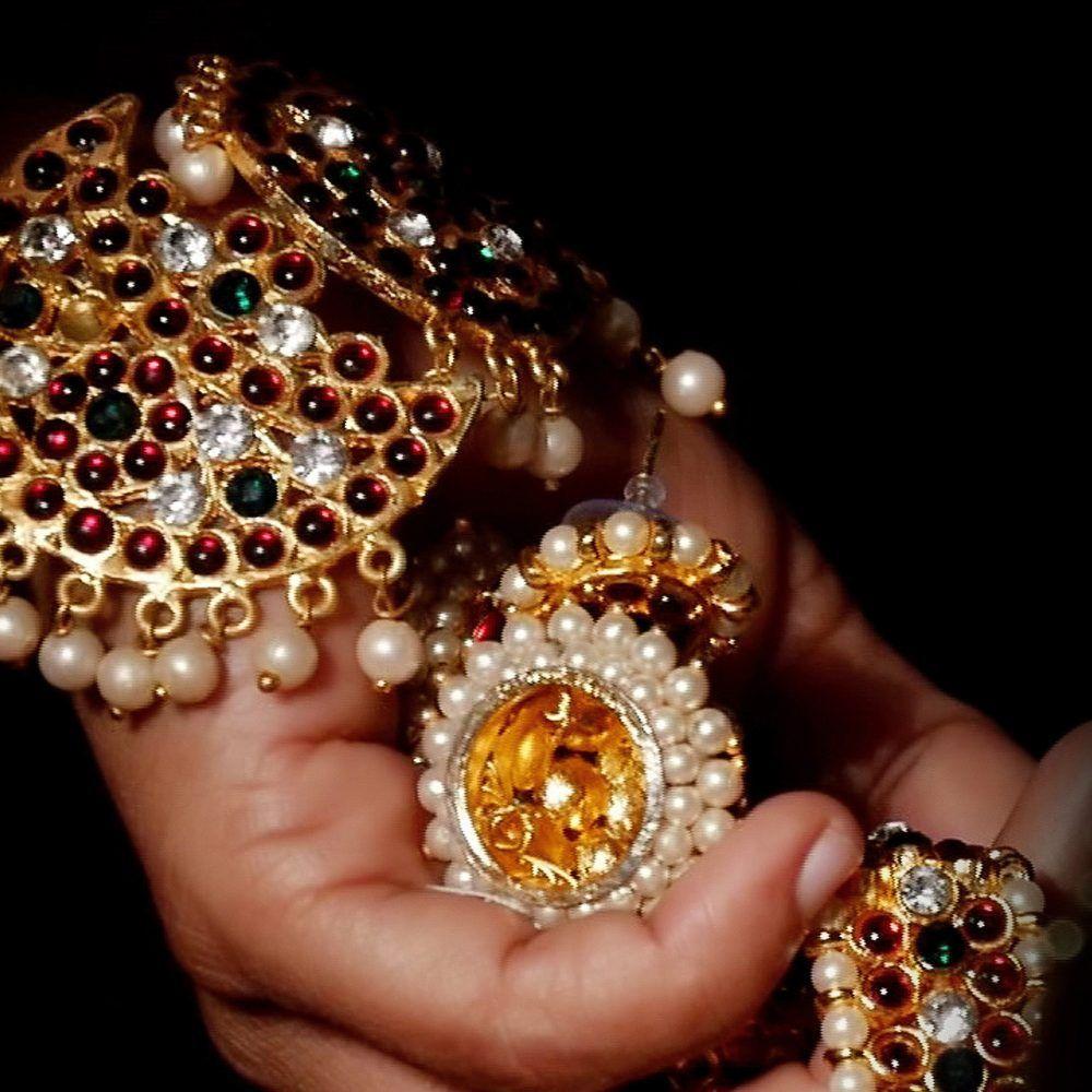 From Junk Jewelry To Art Jewelry