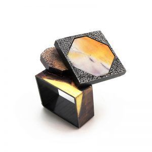 4-Tamagit-artist-LluisComin-Barcino-ring