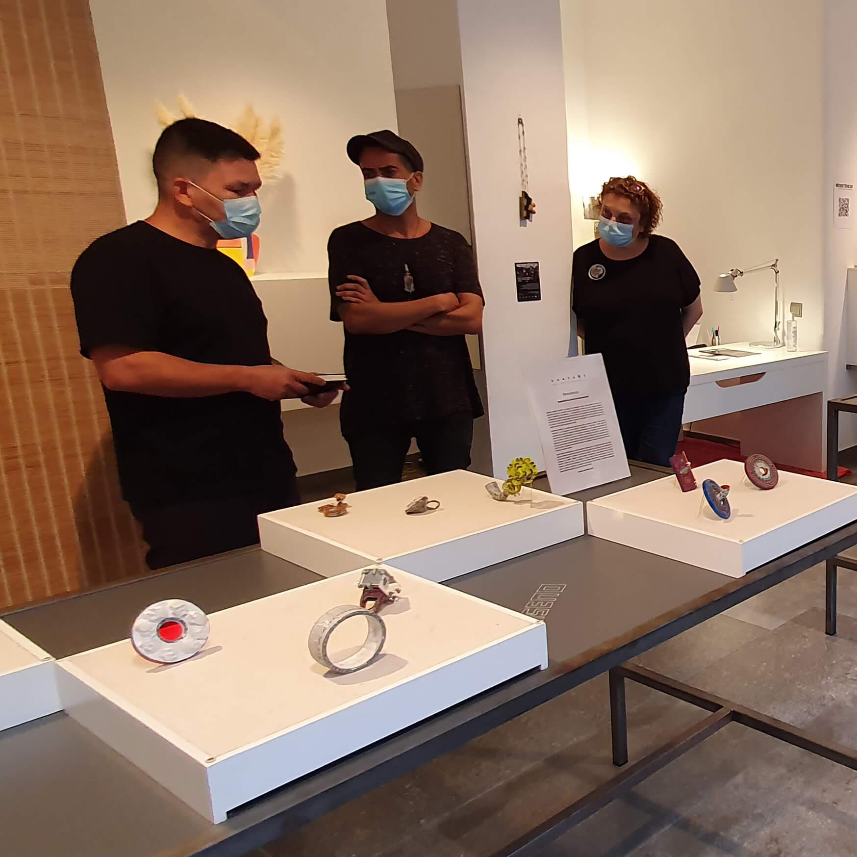 RESISTENCIA Art Jewelry Exhibition Context Gallery